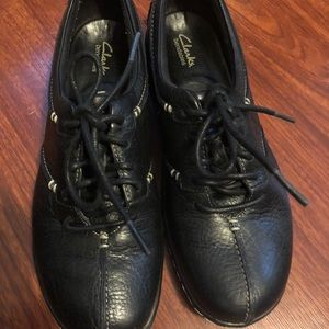 Black Clark shoes size 7 used a few times